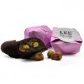 Meruňka s pistáciemi v hořké čokoládě